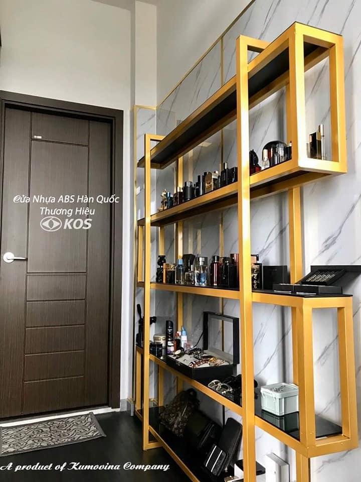 Mẫu cửa nhựa ABS Hàn Quốc chính hãng - thương hiệu KOS do Kingdoor cung cấp.