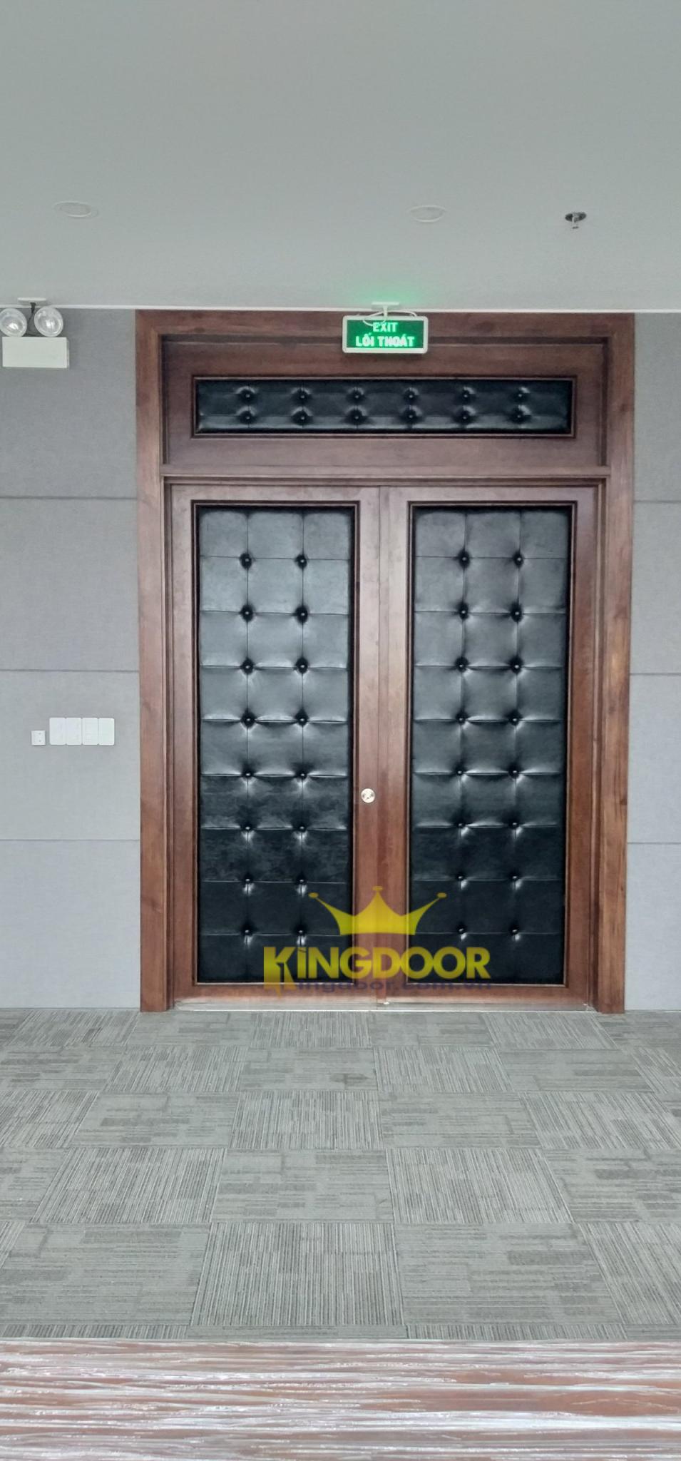 """Bài viết """" Cửa gỗ cách âm phòng ngủ, phòng Karaoke mới nhất 2021""""."""