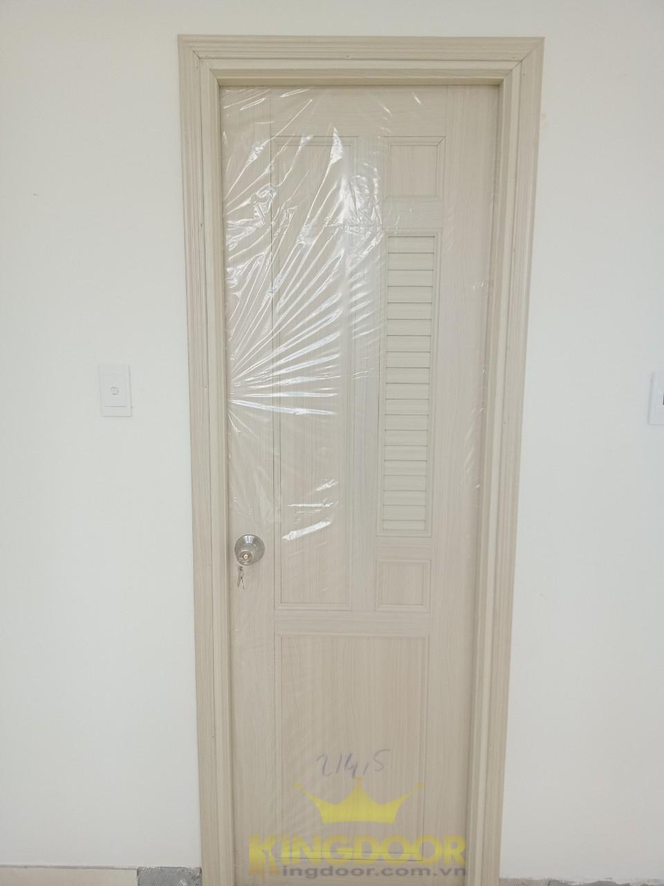Mẫu cửa nhựa Đài Loan ghép thanh lắp đặt cho nhà vệ sinh.